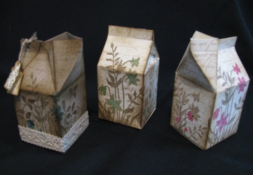 Cards and boxes 016