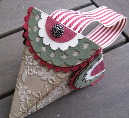 Petal Cone Christmas basket bl2
