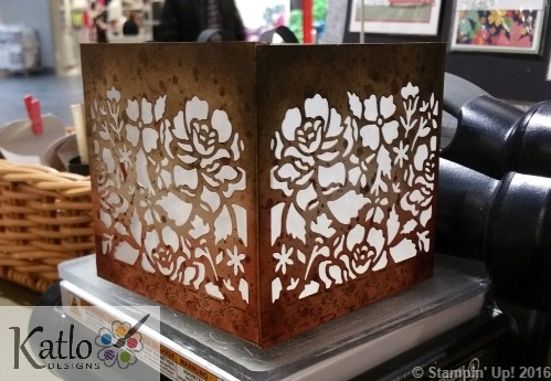 Detailed Floral Thinlets Square Lantern (5)